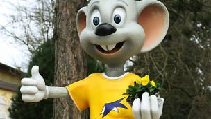 Auch die Euromaus freut sich über das erfolgreiche Ergebnis des Europa-Parks. (Foto: Europa-Park)