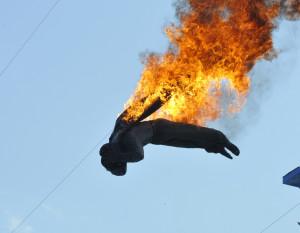Feuer und Flamme für das High Diving im Europa-Park