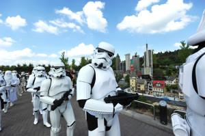 Die Stormtrooper machen sich schon bereit für die Star Wars-Tage im Legoland Deutschland