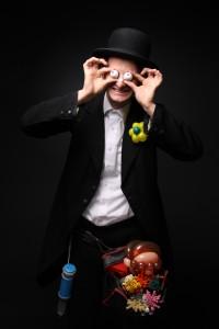 Ballonkunst und Zauberei mit Tobi van Deisner im Legoland Deutschland