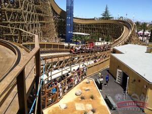 Gold Striker ist die höchste und schnellste Holzachterbahn in Nord-Kalifornien.