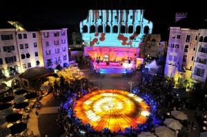 """Die """"Imperio"""" Sommershow findet weitläufig unter freiem Himmel im Europa-Park statt."""