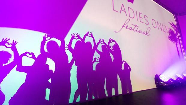 Schattenspiel beim Ladies Only Festival 2014