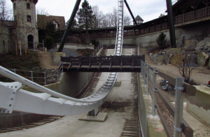 Heide-Park - Flug der Dämonen Baustelle - Brückenzaun