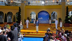 Stefan Mross feiert letzte Live-Sendung 2014 im Europa-Park