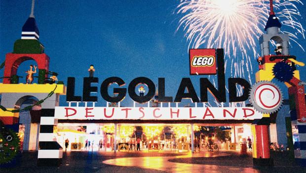 Legoland Deutschland bei Nacht