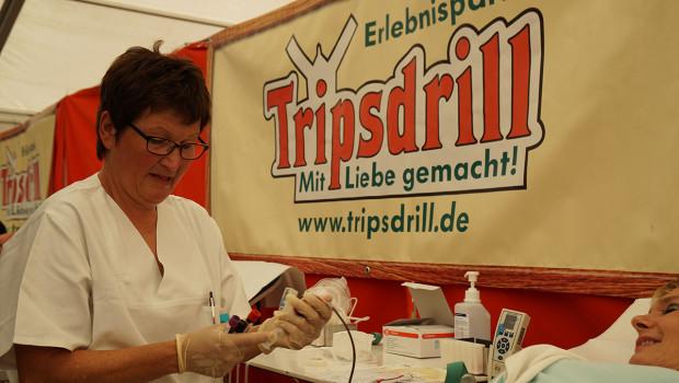 Tripsdrill Blutspende 2014 - Blutabnahme