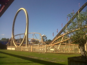 Thunder Loop Achterbahn in Slagharen