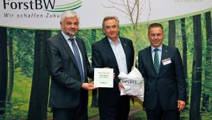 """""""Baum des Jahres 2015"""" an Europa-Park übergeben"""