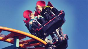 """""""Swinging Coaster"""" – neues Achterbahn-Modell von Reverchon mit schwingenden Sitzen"""