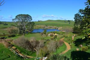Das Auenland, Herr der Ringe-Drehort in Neuseeland - so ähnlich könnte das Hobbit-Dorf in Spanien gestaltet werden.