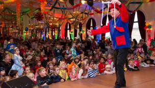 Närrisches Treiben bei der Kinderfasnacht 2015 im Europa-Park