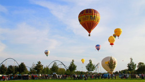 Heißluftballon über dem Europa-Park