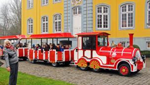 Freizeitpark Schloß Beck mit neuer Eisenbahn in die Saison 2015 gestartet