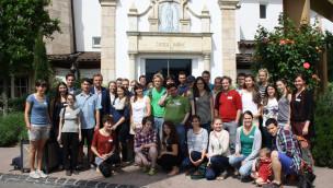 Stipendiaten der Albert-Ludwigs-Universität Freiburg besuchen den Europa-Park