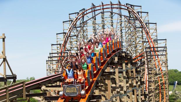 Goliath Holzachterbahn - Six Flags Great America
