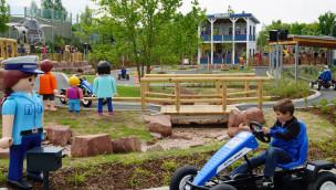 PLAYMOBIL FunPark – Polizeistation mit GoKart-Parcours eröffnet