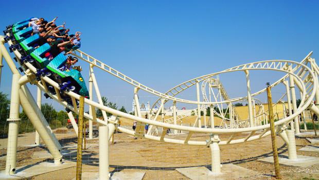 Cobra Achterbahn in Belantis