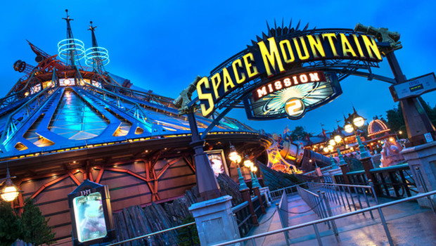 Space Mountain: Mission 2 - Eingang - Disneyland Paris
