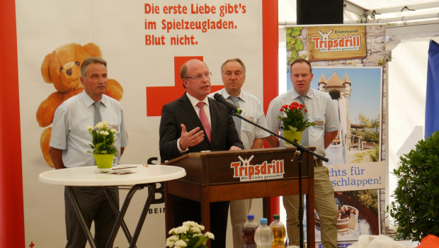 DRK Blutspende 2015 in Tripsdrill - Wilfried Klenk