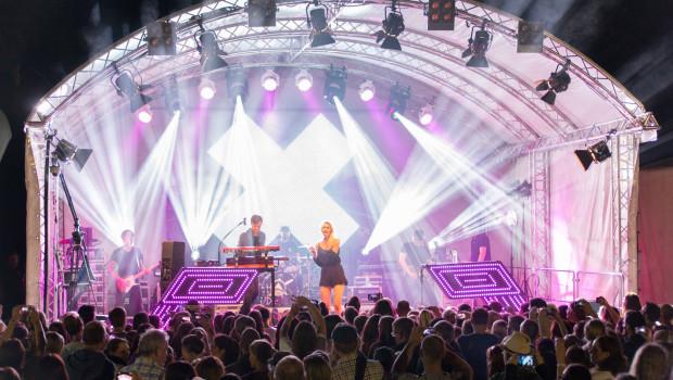 Glasperlenspiel live bei Eifelpark bei Nacht 2015