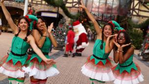 """Holiday Park – Auftakt von """"Summer Xmas"""" 2015 lockt 8.000 Besucher in den Freizeitpark"""