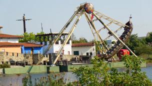 Santa Maria - Belantis Schiffschaukel