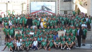 """""""Tour der Hoffnung"""" macht 2015 Halt im Europa-Park: 1,8 Millionen Euro für krebskranke Kinder"""