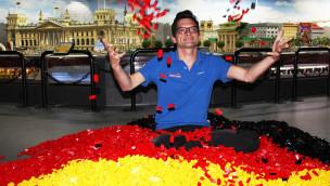 Größte Deutschland-Flagge aus LEGO entsteht im LEGOLAND Discovery Centre Berlin