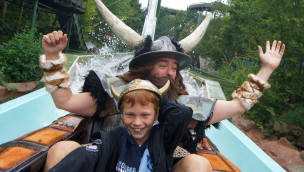 Wickies starke Männer erobern den Holiday Park: Wikingerfest 2015 am 12. und 13. September