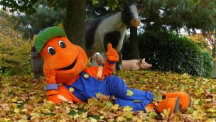 Kernie's Familienpark - Maskottchen im Herbst
