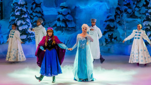 Disneyland Paris Frozen Sing-Along