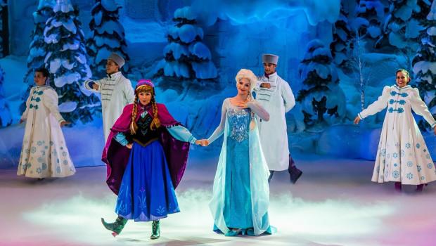 Disneyland Paris Frozen Sing-Along