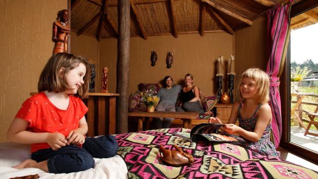 Serengeti-Park Mara-Lodges von innen