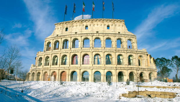Colosseo - Europa-Park Colosseum von der Seite