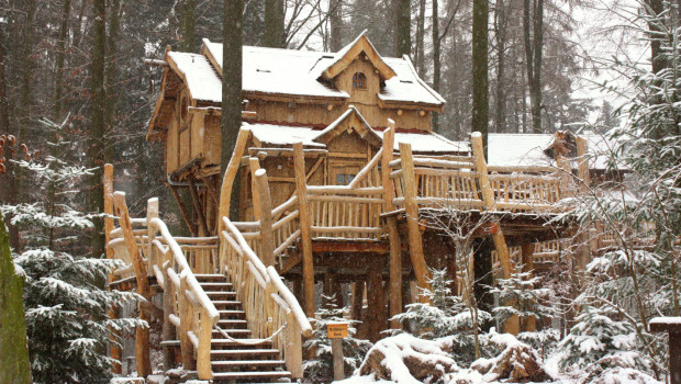 Tripsdrill Baumhäuser im Winter