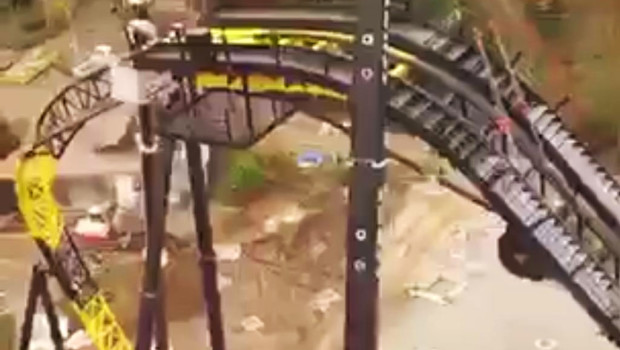 Walibi Holland Coaster 2015 First Drop - Baustelle