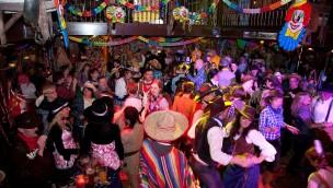 Europa-Park läutet die Narrenzeit 2017 ein: Faschings-Partys im Februar