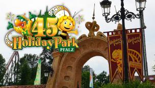 """Holiday Park-Maskottchen """"Holly"""" feiert 2016 zum 45. Parkjubiläum sein Comeback"""