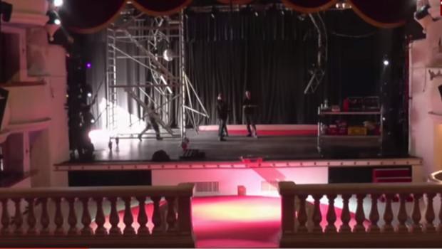 Conny-Land-Schlosstheater Chateau Umbau 2016