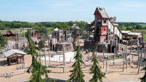 Grizzly Mountain im Jaderpark