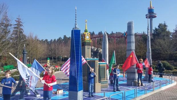 High Five im LEGOLAND Deutschland