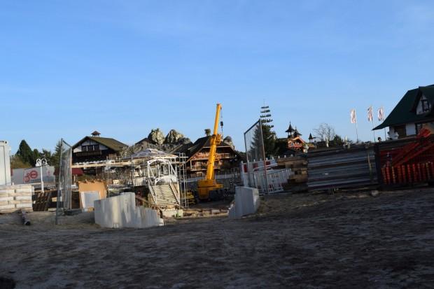 Drachenzähmen-Baustelle im Heide Park 2016