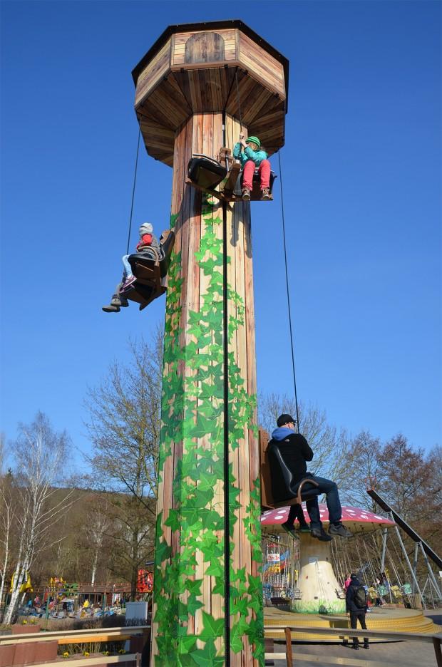 """Freizeitpark Lochmühle - Hubseilturm """"Tower"""""""
