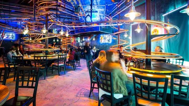 Rollercoasterrestaurant Vienna im Prater von Innen