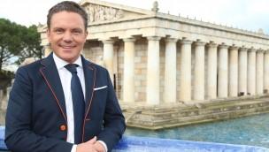 """Immer wieder sonntags"" auch 2016 live aus dem Europa-Park: Stefan Mross freut sich auf zwölfte Saison"