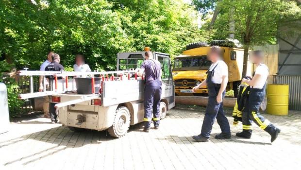 Feuerwehr und Imker bei Expedition GeForce im Holiday Park