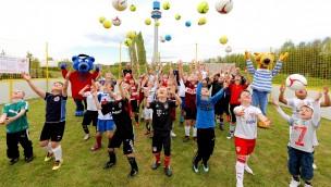 Mini-EM 2016 im Ravensburger Spieleland: E-Jugendliche kicken im Juni um den Sieg