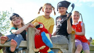 Pippi-Langstrumpf-Papagei zieht 2016 im Zoo Karlsruhe ein: Willkommensfeier am 11. Mai