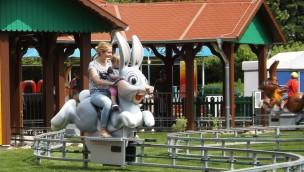 """potts park Minden präsentiert Neuheit 2016: """"Hoppel-Hase"""" jetzt eröffnet"""